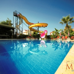 melek_apart_hotel_a_pool01_(medium)