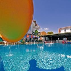 melek_apart_hotel_a_pool05_(medium)