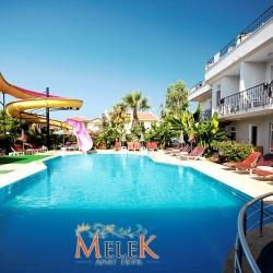 melek_apart_hotel_a_pool03_(medium)