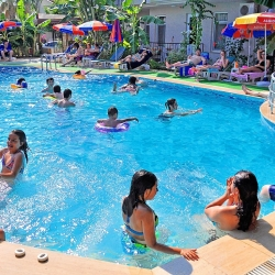 melek_apart_hotel_a_pool07_(medium)